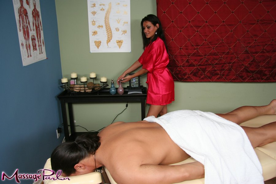 massage parlours in dallas Riverside, California
